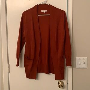 Rust long sleeve cardigan with pockets